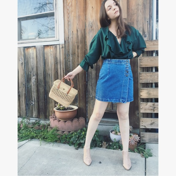 "88137912553e4 Vintage True Blue 90s Denim Jean Skirt 28"". M_5a823c218290af6949b7beca"